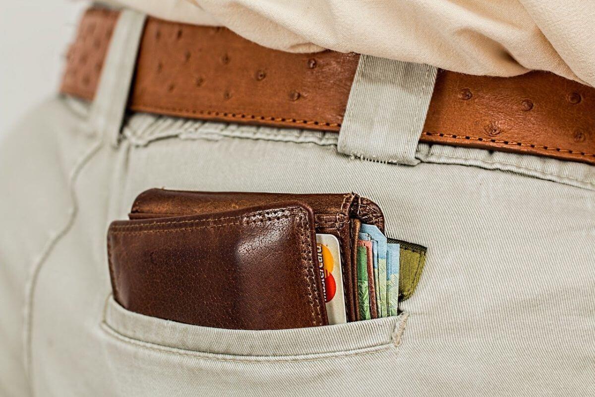 soldi da portare dietro ed in viaggio